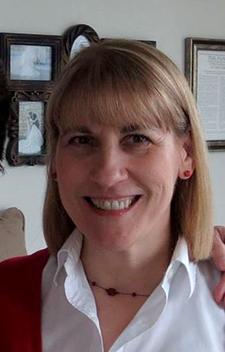 Melanie Dugan Bio Pic